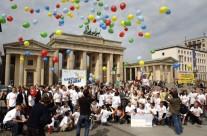 """2006 den Preis """"Jugend mit unendlicher Energie""""des Bundesumweltministeriums"""
